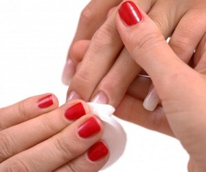 Top 10 Best Nail Polish Remover Brands in India