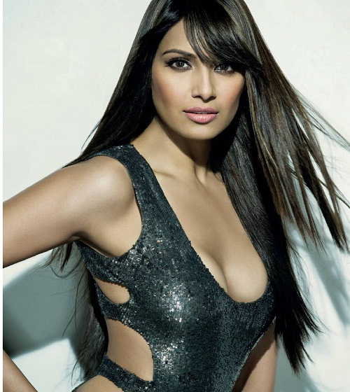 Top 10 Hottest Actresses of Bollywood in 2016 - World Blaze