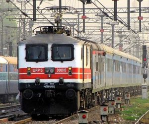 Top 10 Fastest (Highest Speed) Trains in India In 2017