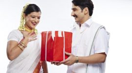 Diwali Gifts for Wife or Girlfriend