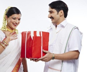 Top 10 Best Diwali Gifts Ideas for Wife or Girlfriend