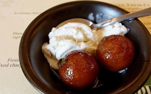 Gulab Jamun with Vanilla Ice cream