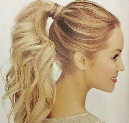 Beachy Ponytail