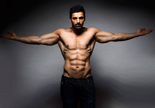 top 15 best body in bollywood male actors good physique world blaze. Black Bedroom Furniture Sets. Home Design Ideas