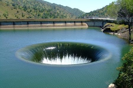 Monticello Dam in California