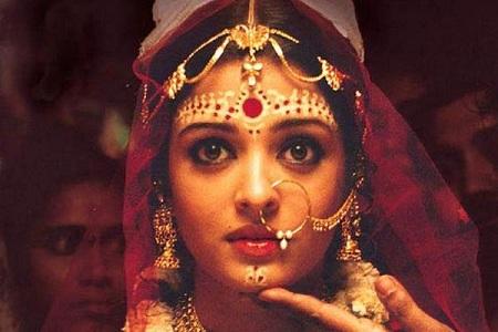 Aishwarya Rai Bachchan in Chokher Bali