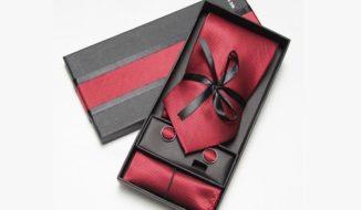 A tie set