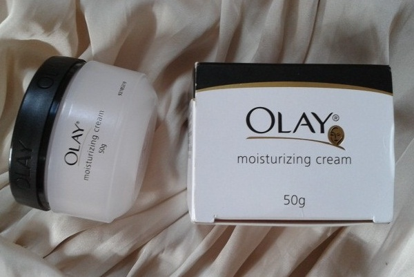 http://www.worldblaze.in/wp-content/uploads/2016/11/Olay-Moisturizing-Cream.jpg