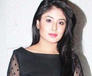 Kritika Kamra Wiki, Age, Height, Biography, Boyfriend, Net Worth