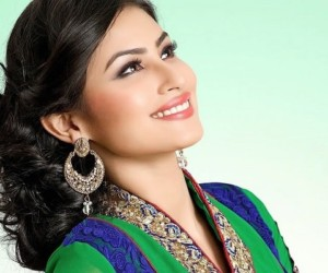 Mouni Roy Wiki, Age, Height, Biography, Boyfriend, Net Worth